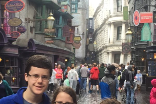 Curtis Zimmerman's kids in The Wizarding World of Harry Potter